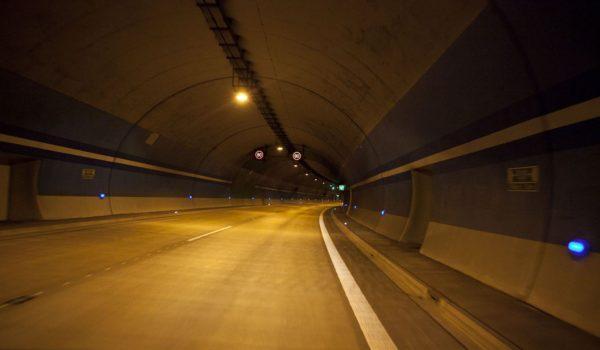 Novák&Partner - tunel Slivenec